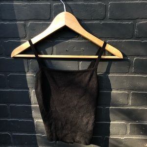 BRANDY MELVILLE KNIT BLACK TANK